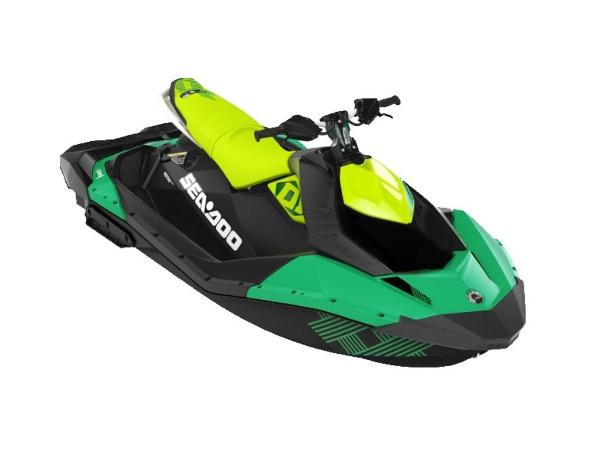 Sea-Doo Spark® Trixx™ 3-up Rotax® 900 H.O. ACE™ IBR & CONV