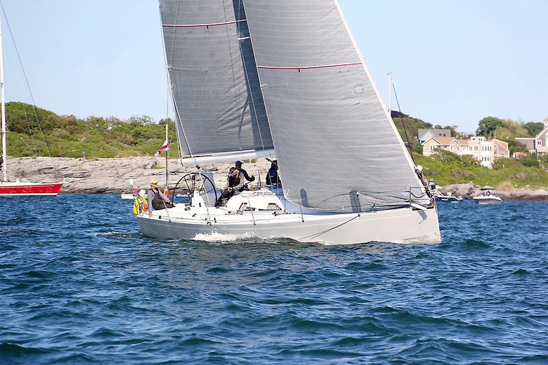 Tripp 41 by Holby Marine Tripp 41 Sailing