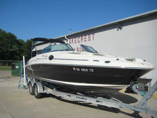 Sea Ray SEA RAY SUNDECK 240 (24 FT.)