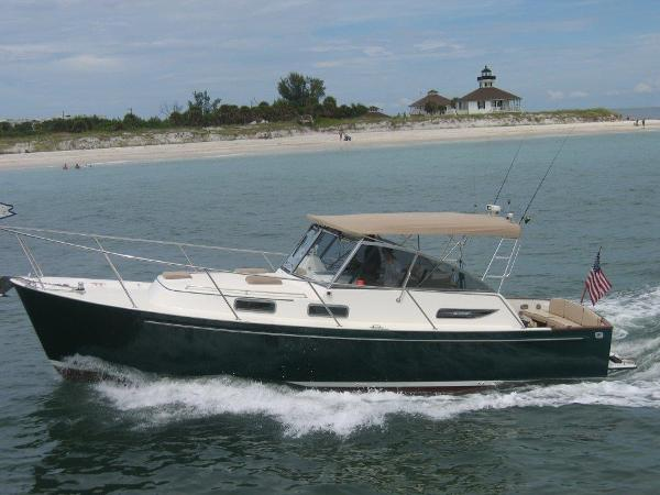 Legacy Yachts 34 Express