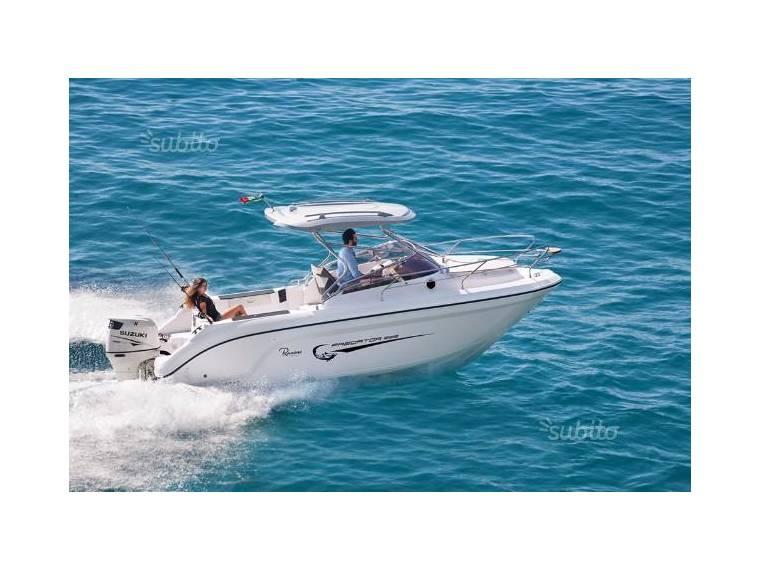Imbarcazione Ranieri Predator 222 Fishing