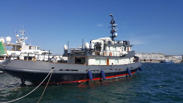 Benetti 30m Tug boat