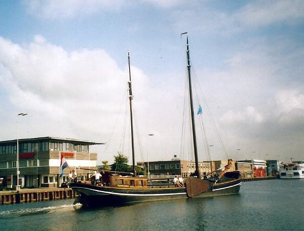 Clipper two mast clipper