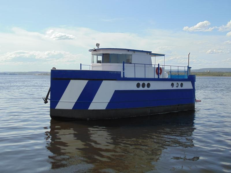Custom 50ft HouseBOAT