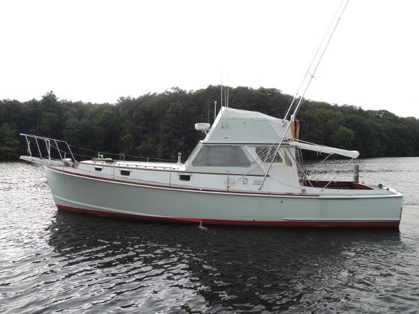 Sparkman & Stephens Sportfisherman with Flybridge