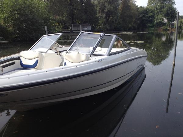 Bowrider, Sportboot, Wasserski, Wakeboard, Runabout, Gebrauchtboot