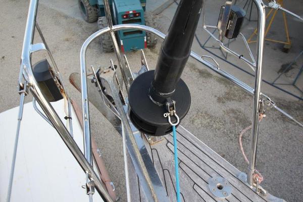 Nautor Swan 48 Cruiser / Racer Deck at bow