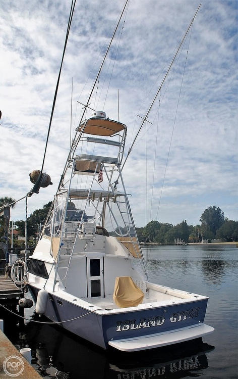 Bertram 28 Flybridge CRUISER 1977 Bertram 28 for sale in North Port, FL
