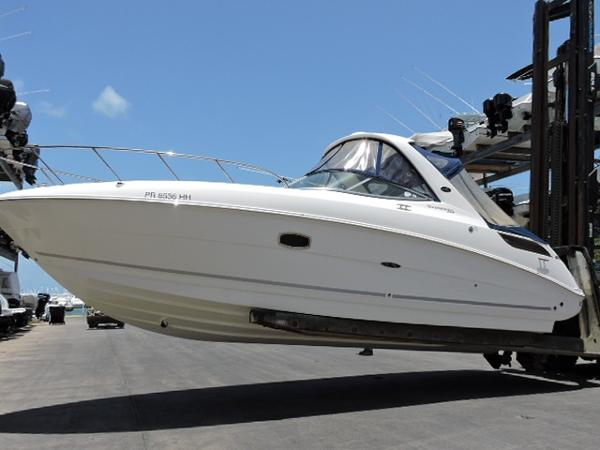 Sea Ray 310 Sundancer Port Side