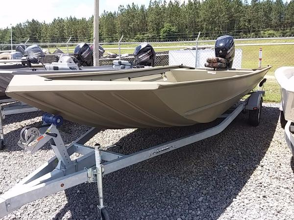 LOWE BOATS Hunting Roughneck 2070