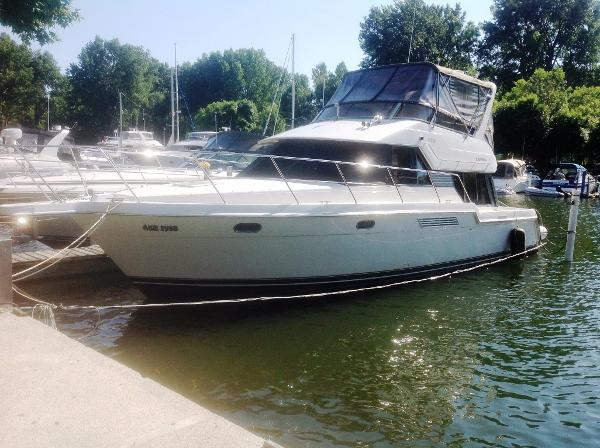 Carver 370 Voyager At Dock