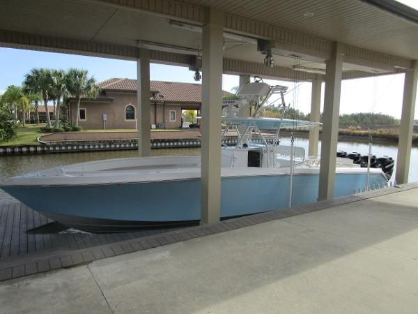 Bahama Center Console w/Trailer