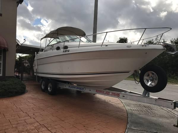 Sea Ray 270 Sundancer Sea Ray 270 Sundancer