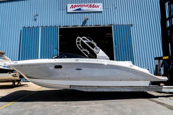 Sea Ray SDX 270