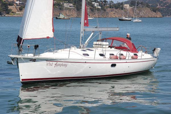 Dufour Gib'Sea 43 Wind Symphony under sail