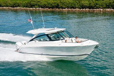 Tiara Yachts 34 LX Manufacturer Provided Image