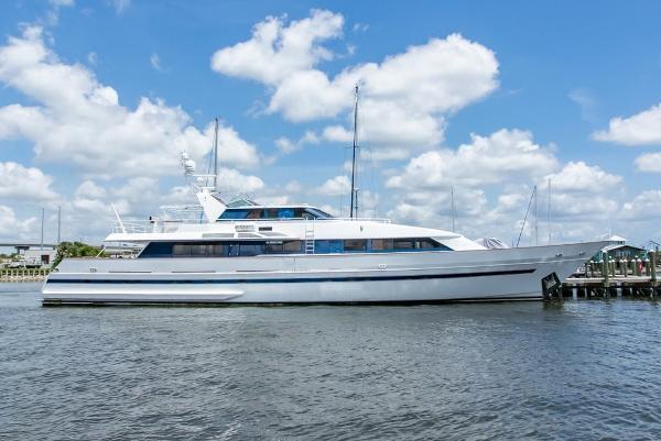 Royal Huisman Pilothouse Motoryacht