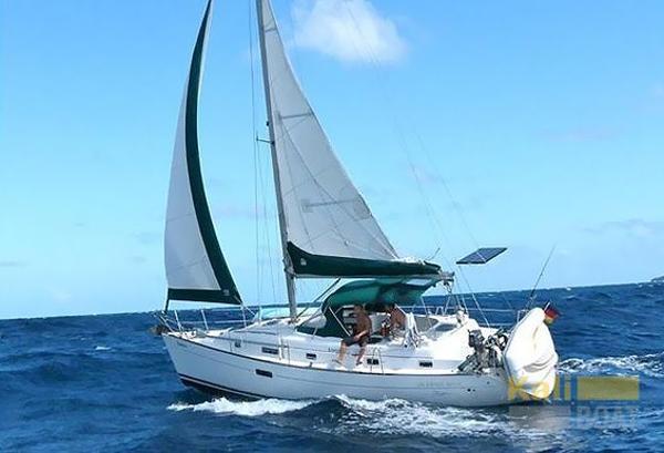 Beneteau Oceanis 36 CC oceanis_36_cc_exterior_2