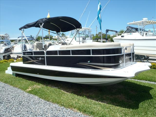 Hurricane 236 Fundeck