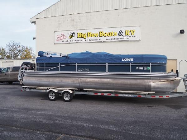 Lowe SS Pontoon 250 Walk Thru