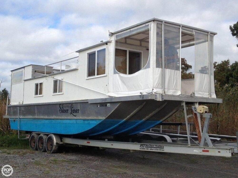 Custom-Craft 35 Diesel Houseboat 2009 Custom 35 Diesel Houseboat for sale in Venice, LA