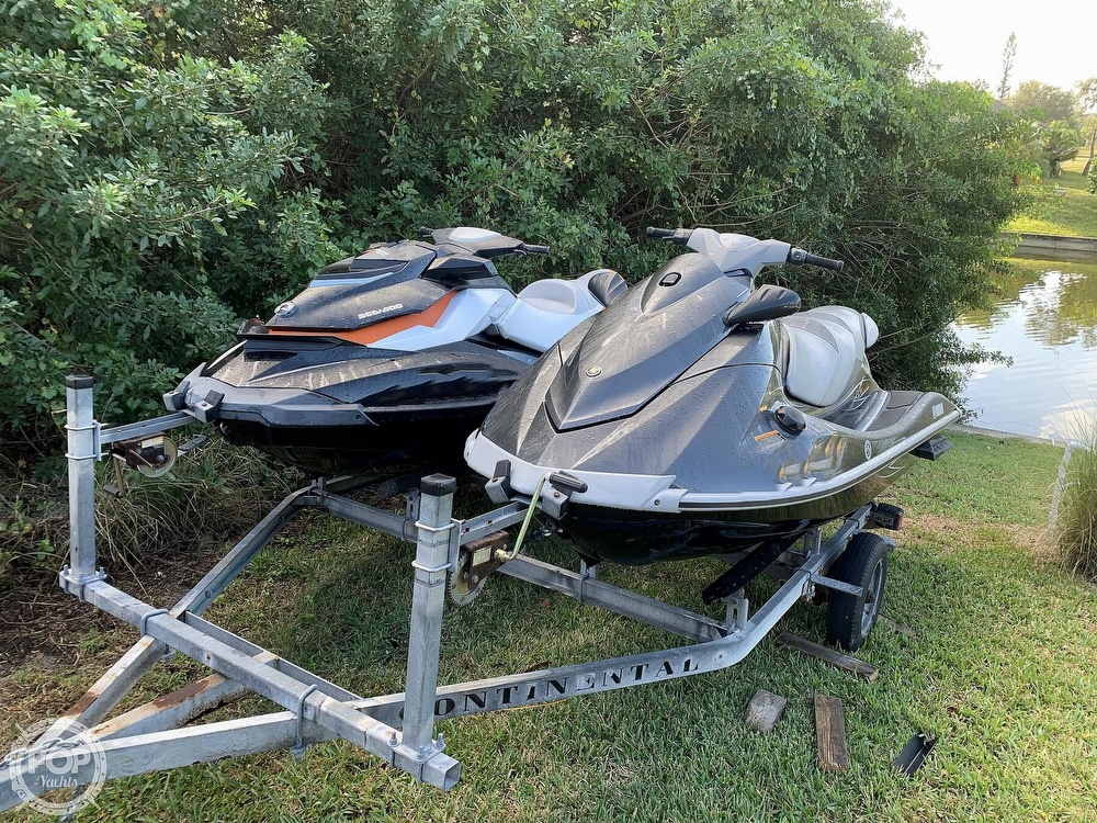 Yamaha Boats 2013 Yamaha VX Deluxe and & 2012 Sea Doo GTI SE 2013 Yamaha 2013 Yamaha VX Deluxe and & 2012 Sea Doo GTI SE for sale in Cape Coral, FL
