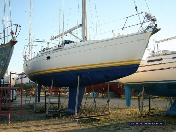 Jeanneau Sun Odyssey 37.1 Ashore