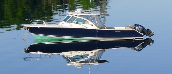 Pursuit 3480 Drummond Island Runner