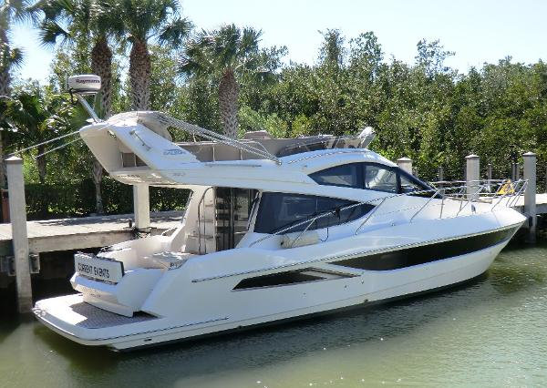 Galeon 38 Fly Profile