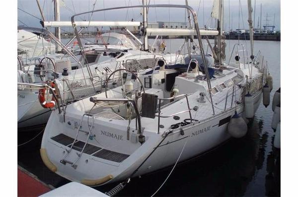 Beneteau Oceanis 390 Beneteau Oceanis 390