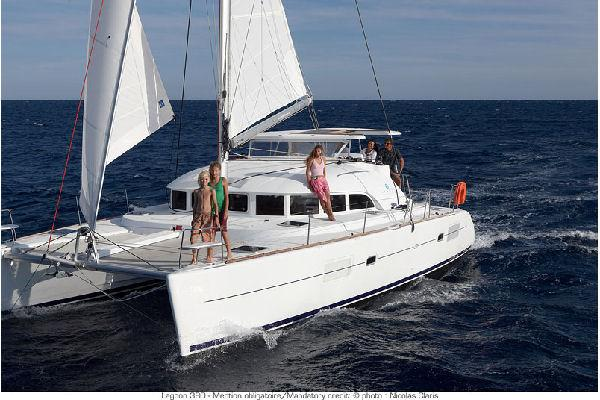 Lagoon 380 Manufacturer Provided Image: Lagoon 380