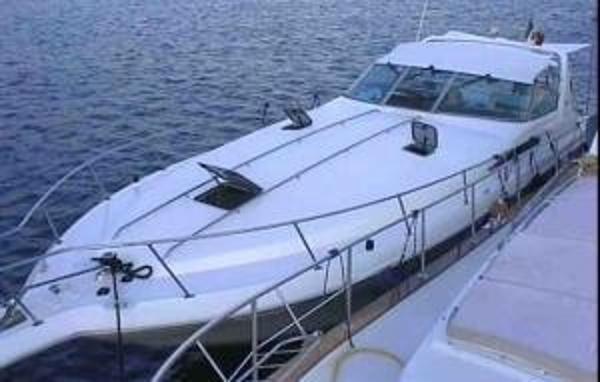 Sea Ray 400 Express Cruiser