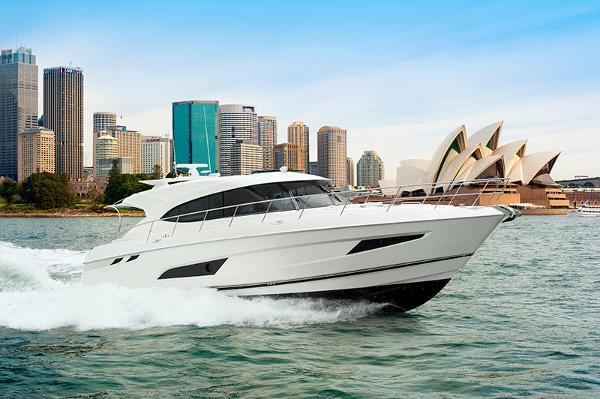 Riviera 5400 SY Riviera 5400 Sport Yacht