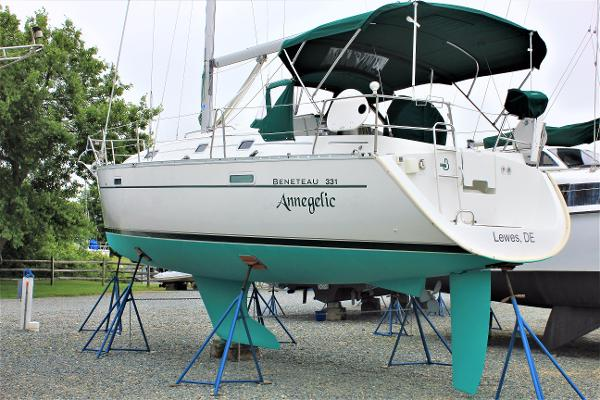 "Beneteau 331 ""Annegelic"" on the hard.  New rudder & fresh bottom paint!"