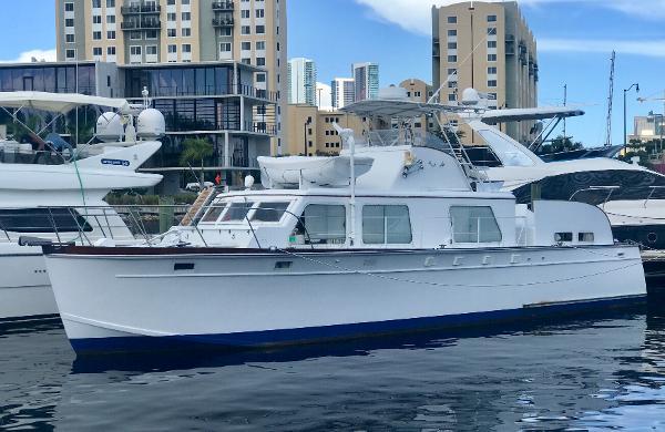 Huckins Seafarer 48