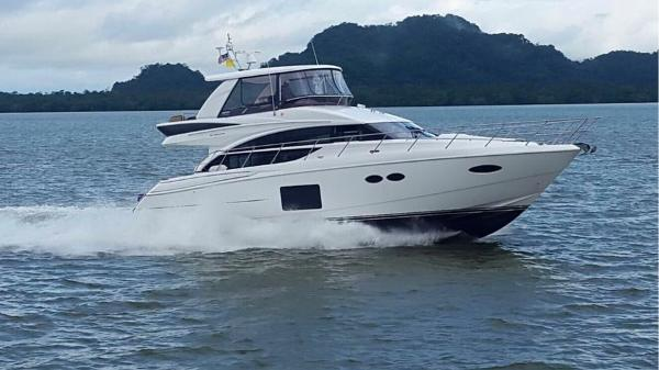 Princess 52 Flybridge 52 Princess Starboard Profile