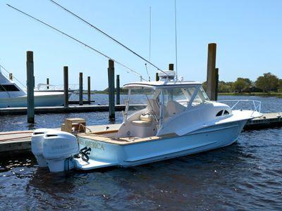 Winter Custom Yachts Cuddy