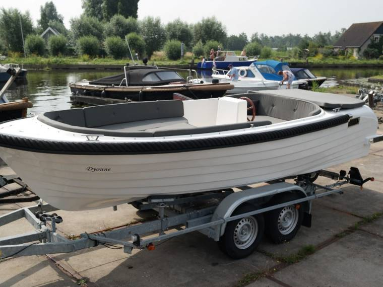 Liberty Liberty 590 Tender incl motor