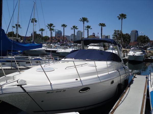 Monterey 322 Cruiser Photo 1