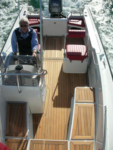 Orkney Vangaurd 190 Deck