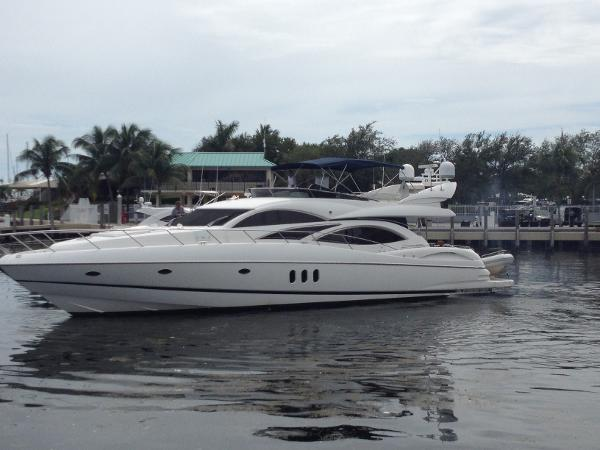 Sunseeker Manhattan 74 Portside 1