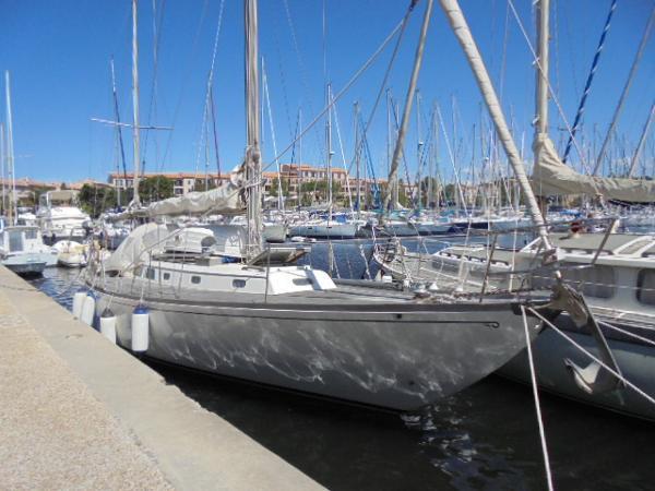 Hinckley Bermuda 40