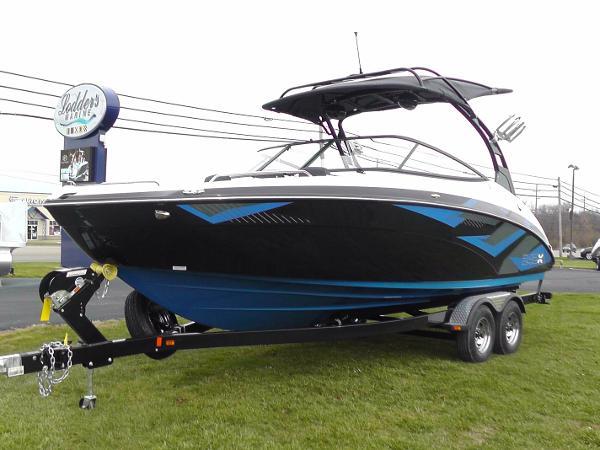 Yamaha 242X E Series