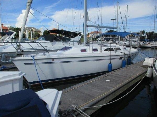 Catalina 350 Sloop Beautiful Catalina 350 2006