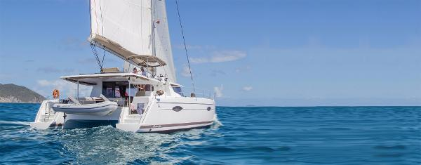 Fountaine Pajot Helia 44