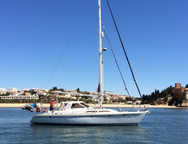 Trintella 40 A lifting keel