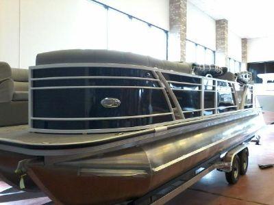 Veranda VTX25RC Luxury Tri-Toon
