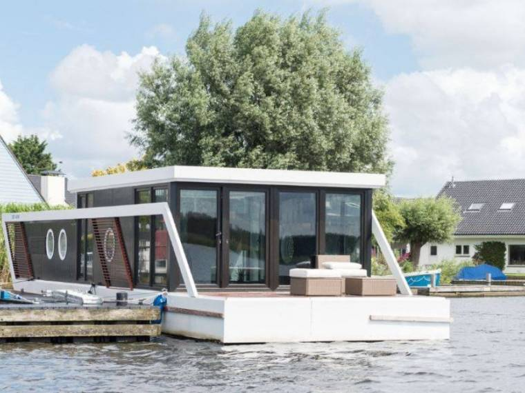 Houseboat Green Cat 1500