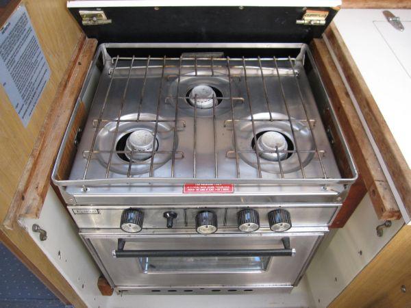 Propane Stove & Oven