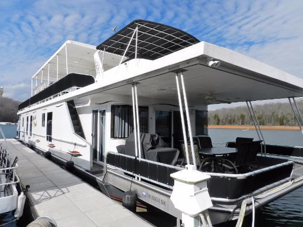Sunstar 18' x 84' Houseboat Sweet Treat